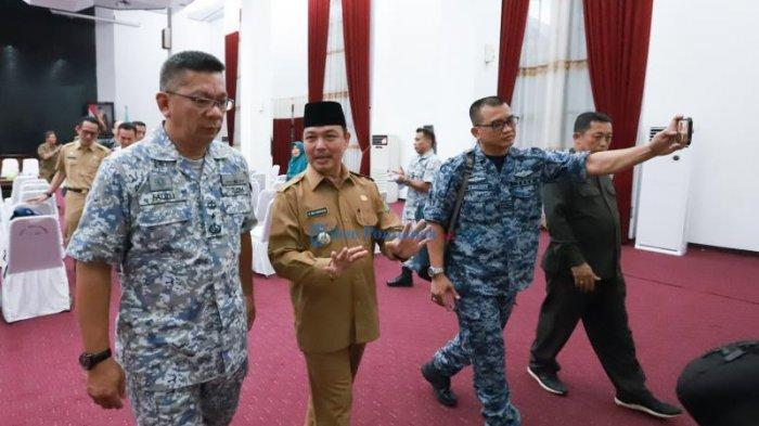FOTO: Maktab Pertahanan Angkatan Tentera Malaysia Berkunjung Ke Kantor Gubernur Kalbar - norsan-dan-tni-malaysia.jpg