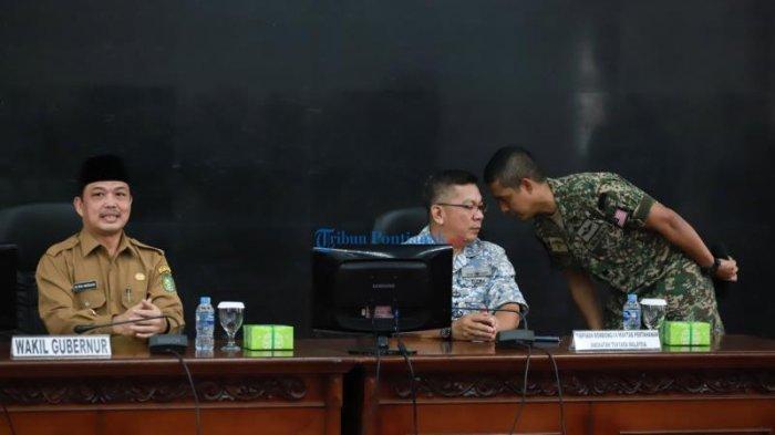 FOTO: Maktab Pertahanan Angkatan Tentera Malaysia Berkunjung Ke Kantor Gubernur Kalbar - norsan-lagi-tni.jpg