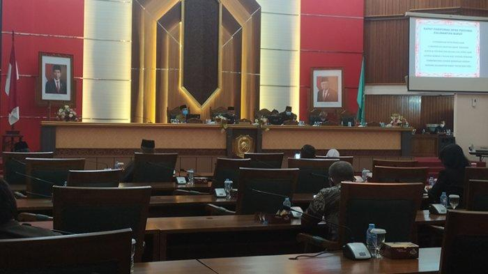 DPRD Kalbar Berduka Cita dan Baca Al Fatihah untuk Suami Ermin Elviani, Willy Munandar