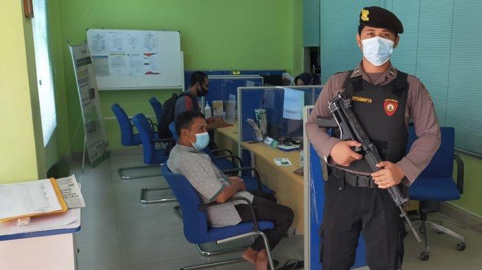 Beri Rasa Aman kepada Masyarakat, Personel Polres Sambas Lakukan Pengamanan Objek Vital