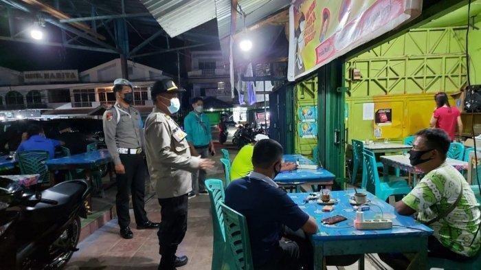 Gelar Patroli KRYD, Personel Polres Sanggau Berikan Imbauan kepada Masyarakat Sanggau