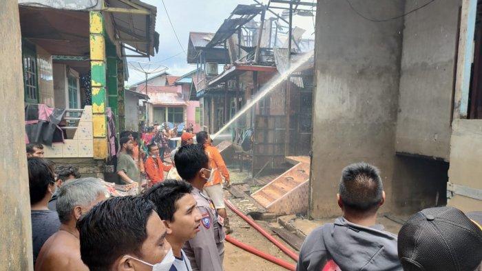 Tiga Rumah di Nanga Pinoh Terbakar, Kapolsek Beberkan Kronologinya
