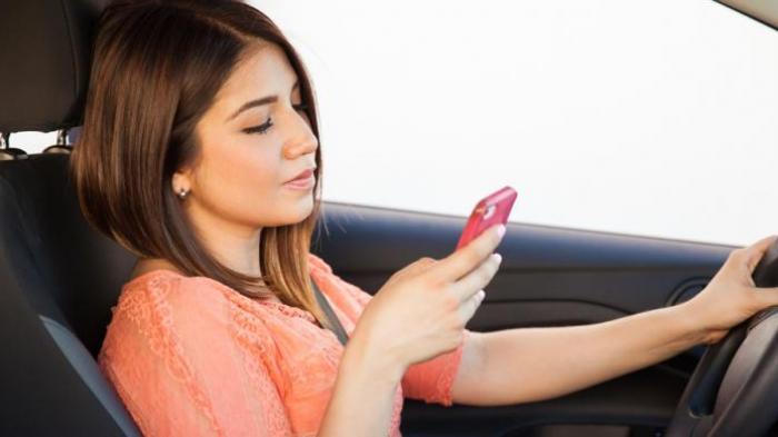 Hindari Simpan Ponsel di 5 Tempat Ini, Bisa Picu Banyak Penyakit Hingga Kanker