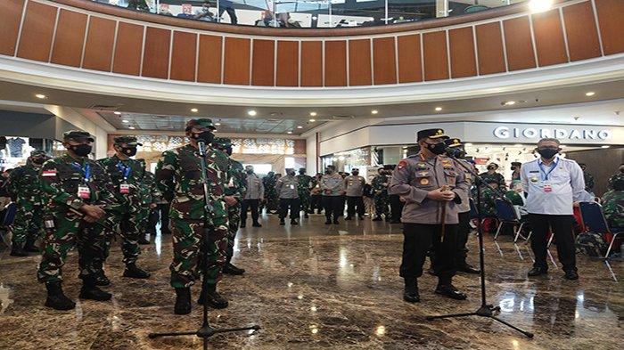 Tinjau Vaksinasi di Pontianak, Panglima TNI Pesan Tetap Terapkan Prokes Walau Sudah Vaksin
