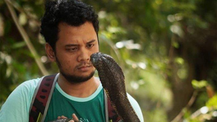 Panji Petualang Tegaskan Aksinya & King Kobra 'Garaga' Bukan Untuk Ditiru! Prihatin Kasus di Kalbar