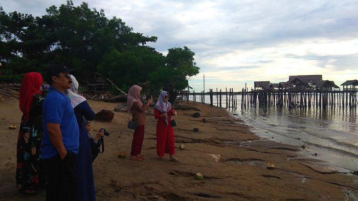 Pantai Tanjung Belandang Tawarkan Objek Wisata Pantai Bagi Masyarakat Tribun Pontianak