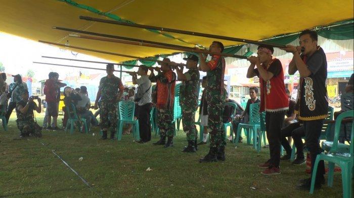 Turnamen Sumpit Semarakkan Pentas Seni Budaya Dayak di Ketapan