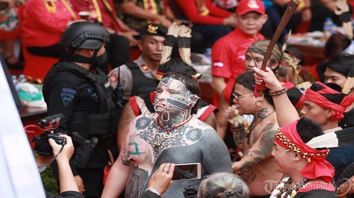 FOTO: Parade Tatung Imlek 2571 dan Cap Go Meh 2020 di Kota Singkawang - parade-tatung-cap-go-meh-singkawang-2020-5.jpg