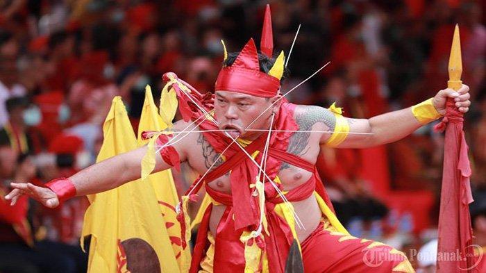 FOTO: Parade Tatung Imlek 2571 dan Cap Go Meh 2020 di Kota Singkawang - parade-tatung-cap-go-meh-singkawang-2020-7.jpg