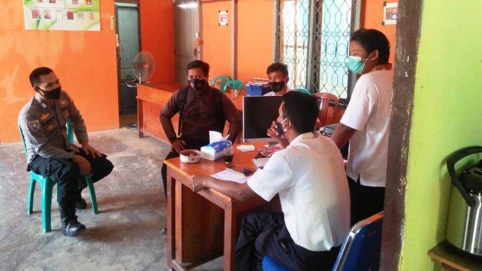 Bripka Rudy Sambangi Kantor Desa Maringin Jaya, Berikut Pesan Yang Disampaikan