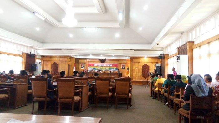 Safruddin Gantikan Rahmad Satria Sebagai Ketua DPRD Mempawah
