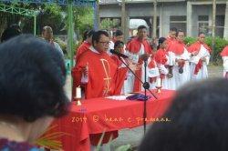 Umat Katolik Paroki Hieronimus Tanjung Hulu Pontianak Timur Rayakan Minggu Palma