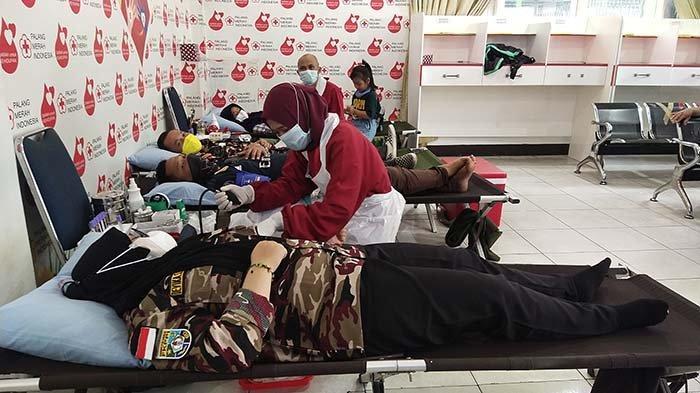 Bantu Penuhi Kebutuhan Stok Darah Palang Merah Indonesia, FKPPI Kalbar Gelar Donor Darah Massal