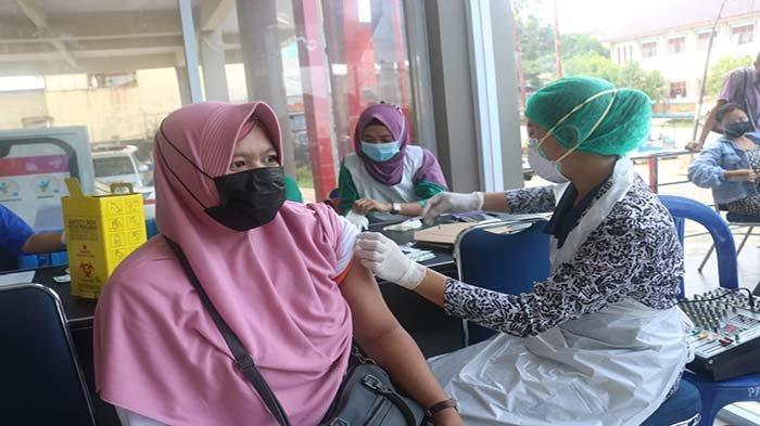 Dinas Kesehatan Kabupaten Sekadau Mulai Berikan Layanan Vaksinasi COVID-19 pada Ibu Hamil