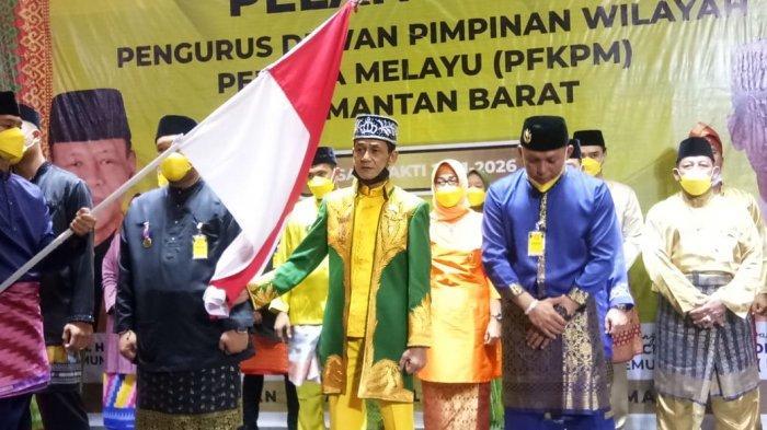 Pangeran Sri Negara Sy Machmud Alkadrie Pimpin Pemuda Melayu Kalbar