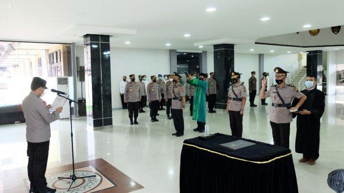 Acara Pelantikan dan Serah terima jabatan (Sertijab) digelar di Balai Kemitraan Polda Kalbar pada Rabu 9 Juni 2021