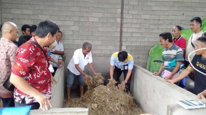 Pemkab Landak Beri Pelatihan Pembuatan Pupuk Organik pada Petani
