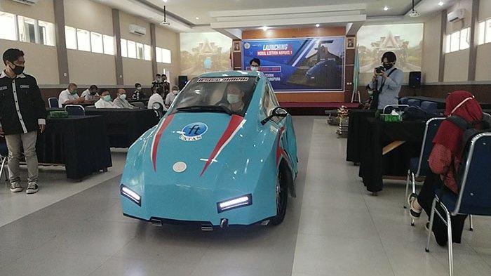 Membanggakan. Mahasiswa Fakultas Teknik Untan Buat Mobil Listrik Hemat Energi dan Ramah Lingkungan.