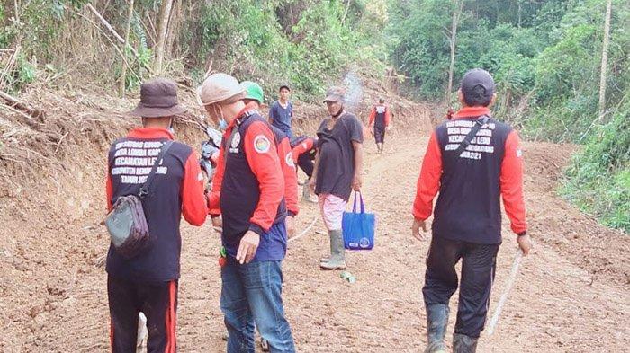 Desa Lomba Karya Buka Badan Jalan ke Tiga Dusun, Bantu Akses Perekonomian Warga