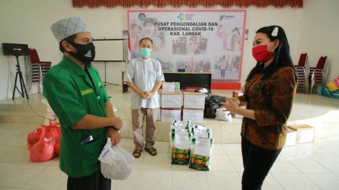 Bupati Landak Distribusikan Langsung Bantuan dari Para Donatur