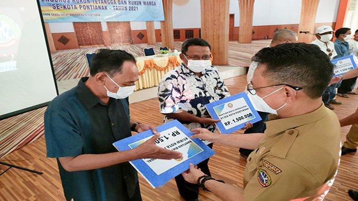 Pemkot Pontianak Gelontorkan Bantuan Operasional kepada 2.635 RT dan 580 RW se-Kota Pontianak