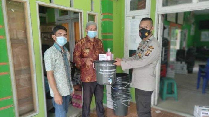 PPKM Darurat, Bhabinkamtibmas Desa Sarilaba A Jawai Selatan, Imbau Masyarakat Patuhi Prokes