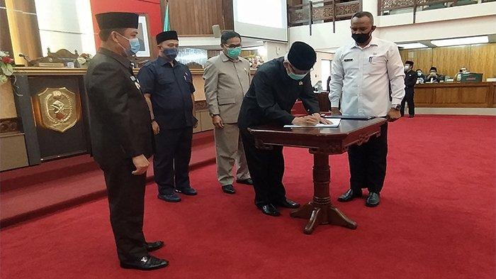 DPRD Kalbar Usulkan Dua Raperda ke Mendagri