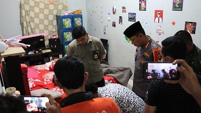 UPDATE! Mayat Wanita Cantik di Pontianak, Deretan Foto di Dinding Kamar & Kesaksian Sepupu Korban