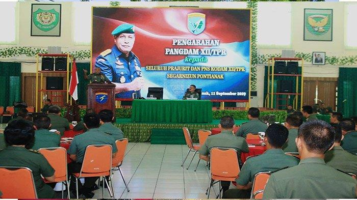 Jelang Akhiri Jabatan, Pangdam Herman Berpesan Jaga Kebersamaan Kodam XII/Tpr