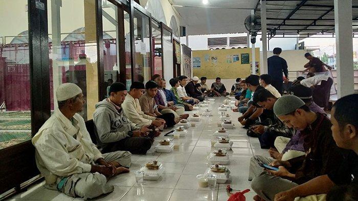Bersedekah Menjadi Satu Diantara Lima Amalan yang Disunahkan Saat Bulan Ramadan