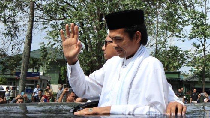 PENYEBAB Ustadz Abdul Somad (UAS) Cerai, Mellya Juniarti Bungkam, Ini Penjelasan Pengadilan Agama