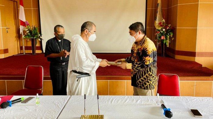 Yayasan Landak Bersatu Kelola Akper Dharma Insan dan Akbid Santa Benedicta