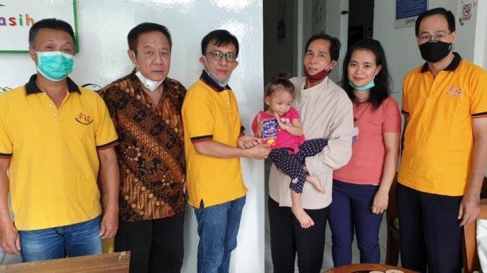 Bhakti Sosial Xing Fu Bantu Pasien Penderita Gangguan Pendengaran dan Penyakit Kanker