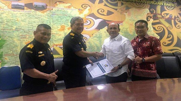 Bea Cukai Kalbagbar Berikan Fasilitas PLB Bahan Pokok Pertama di Indonesia