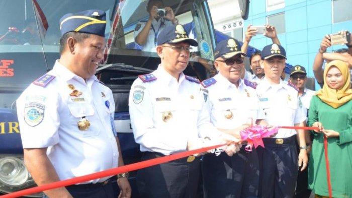 Gubernur Kalimantan Barat Pimpin Langsung Upacara Peringatan Hari Jadi Perhubungan ke 73 - perhubungan_20180917_163847.jpg