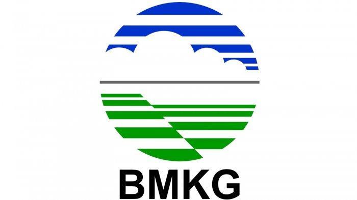 BMKG Imbau Masyarakat Waspadai Dampak Tidak Langsung Badai Tropis Surigae di Kalbar