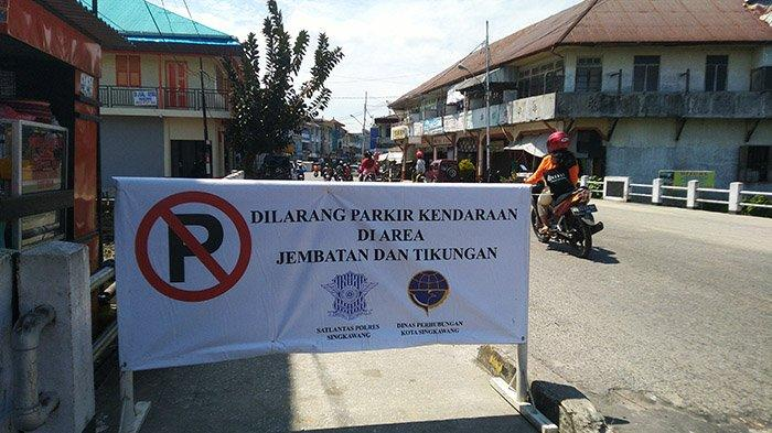 Dewan dan Masyarakat Dukung Penertiban Parkir di Kawasan Vihara Tri Darma Bumi Raya Singkawang
