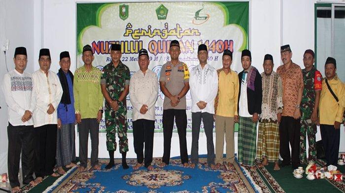 Bupati Sanggau Hadiri Peringatan Nuzulul Qur'an di Masjid Nurul Yaqin Tanjung Sekayam