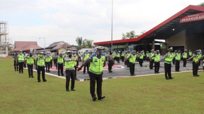 Jaga Kebugaran, Personel Ditlantas Polda Kalbar Senam Pagi Sebelum Bertugas