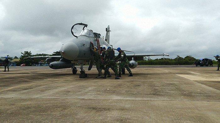 BREAKING NEWS - TNI AU Lanud Supadio Turunkan Paksa Pesawat Asing Pada Simulasi Alap Gesit 2020