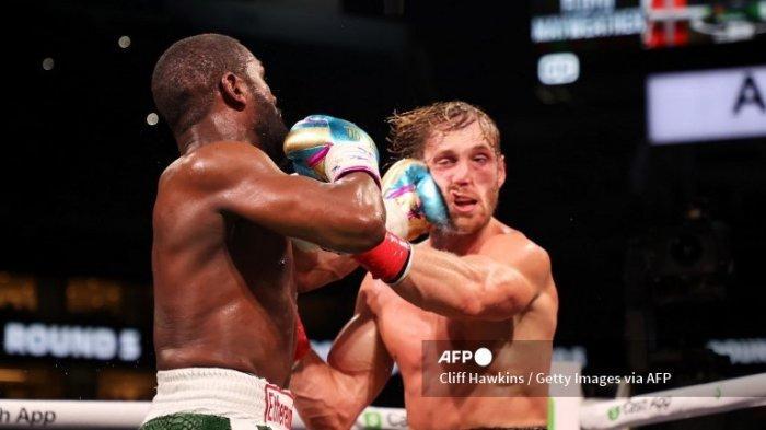 Hasil Mayweather vs Logan Paul di Laga Eksebisi Tinju Dunia