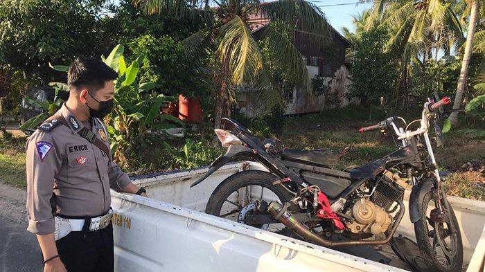 Pengendara Motor Tabrak Truk Kontainer di Sungai Batang Mempawah