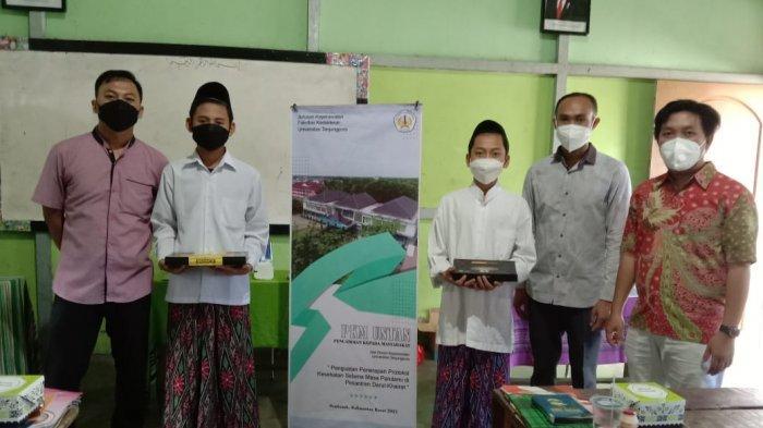 PKM Jurusan Keperawatan FK Untan Gandeng Pesantren, Edukasi Protokol Kesehatan hingga Gelar Bansos