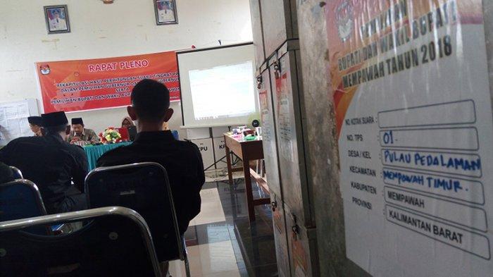 PPK Mempawah Timur Gelar Pleno Hasil Perhitungan Suara dari 6 Desa dan 2 Keluarahan