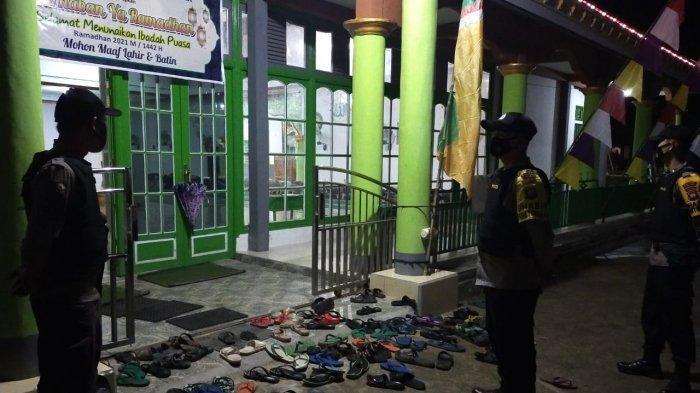Jamin Keamanan dan Kenyamanan Saat Salat Tarawih, Polres Melawi Lakukan Pengamanan di Tempat Ibadah