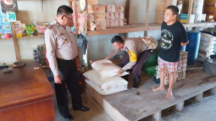 Antisipasi Lonjakan Harga Sembako Jelang Lebaran, Kapolsek Cek Ke Pasar Belitang