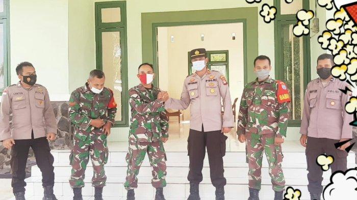 Kapolsek Asep Maulana Beri Ucapan Selamat Ulang Tahun ke-76 TNI kepada Koramil Ledo