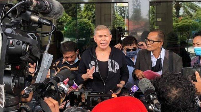 Benny Simanjuntak Kembali Bersuara Terkait Rumah Tangga Ijonk dan Dhena Devanka yang Diujung Tanduk