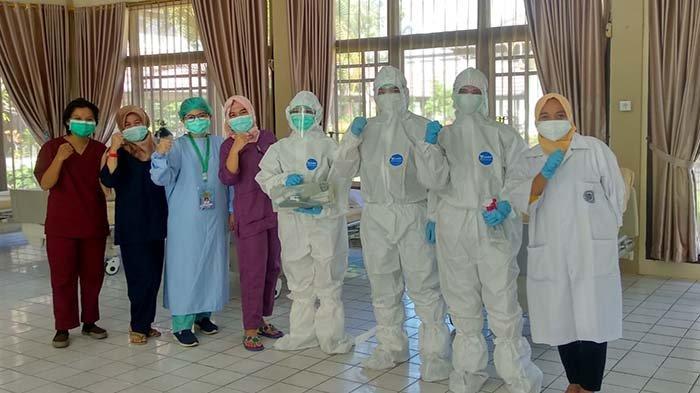 Sejumlah Relawan Vaksinator COVID-19 Diskes Provinsi Kalbar Belum Terima Insentif