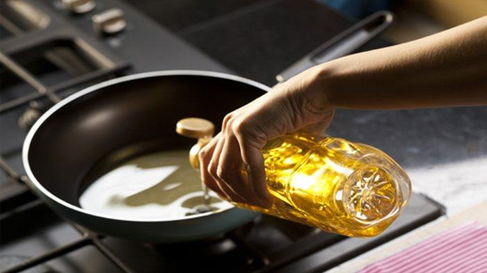 Basmi Rumput Liar? Pakai Minyak Makan Bekas Saja, Juga Bisa Digunakan Menghilangkan Karat dan Noda
